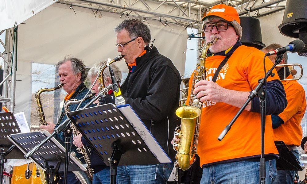 Dobband Oranjefeest Markt Uden 2016